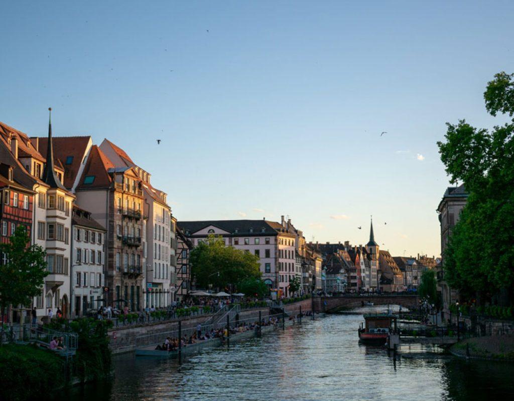 Vue de Strasbourg depuis un pont